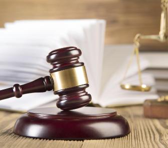 ¿Cuánto dura la carrera de derecho?