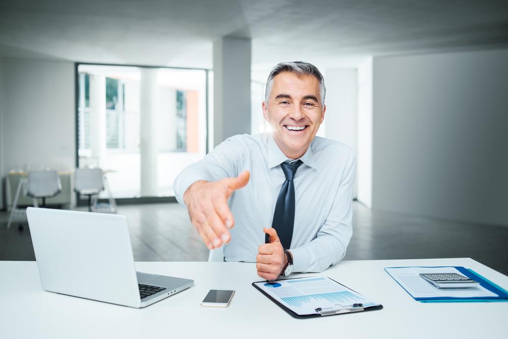 ¿Cuánto gana un asesor financiero?